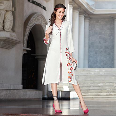 Sober White Colored Casual Rayon Kurti