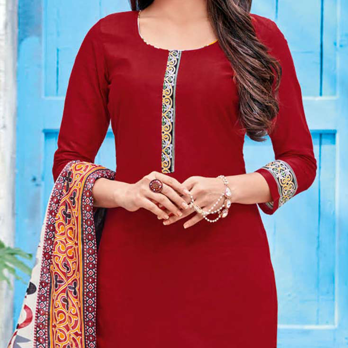 Red-White Colored Casual Wear Printed Jetpur Cotton Dress Material