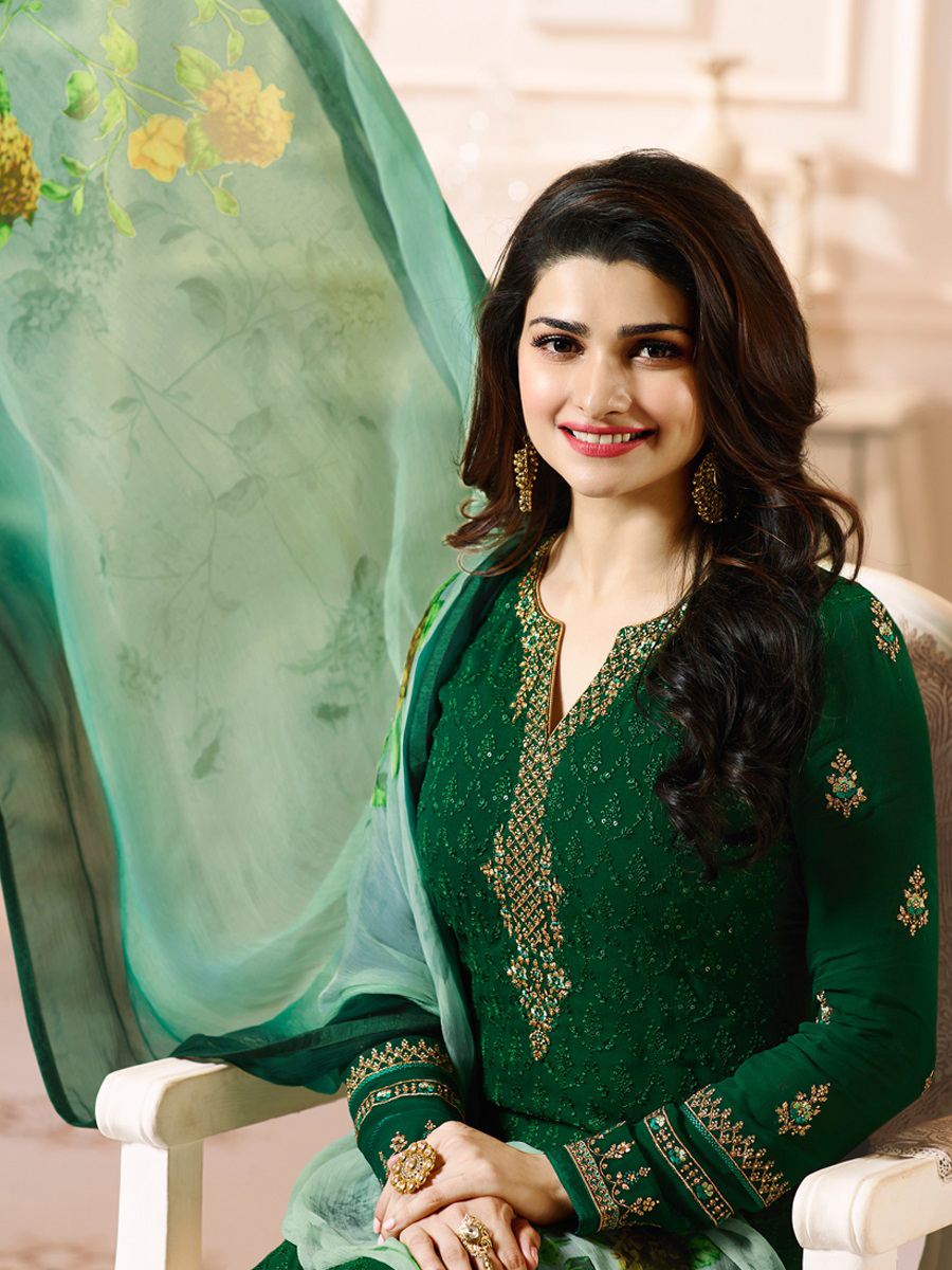 Attractive Green Colored Embroidered Party Wear Straight Cut Georgette Salwar Suit