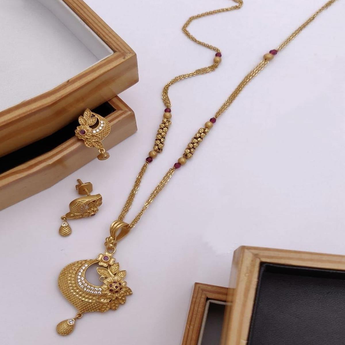 Vihaa - Copper Gold Plated Jewelley Set For Women And Girl