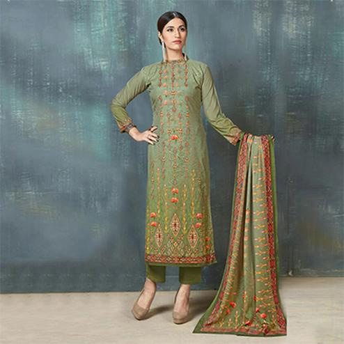 Graceful Green Colored Digital Printed And Embroidered Muslin Cotton Salwar Suit
