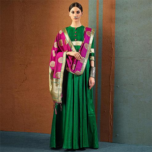 Mesmerising Green Designer Dupatta Party Wear Raw Silk Gown