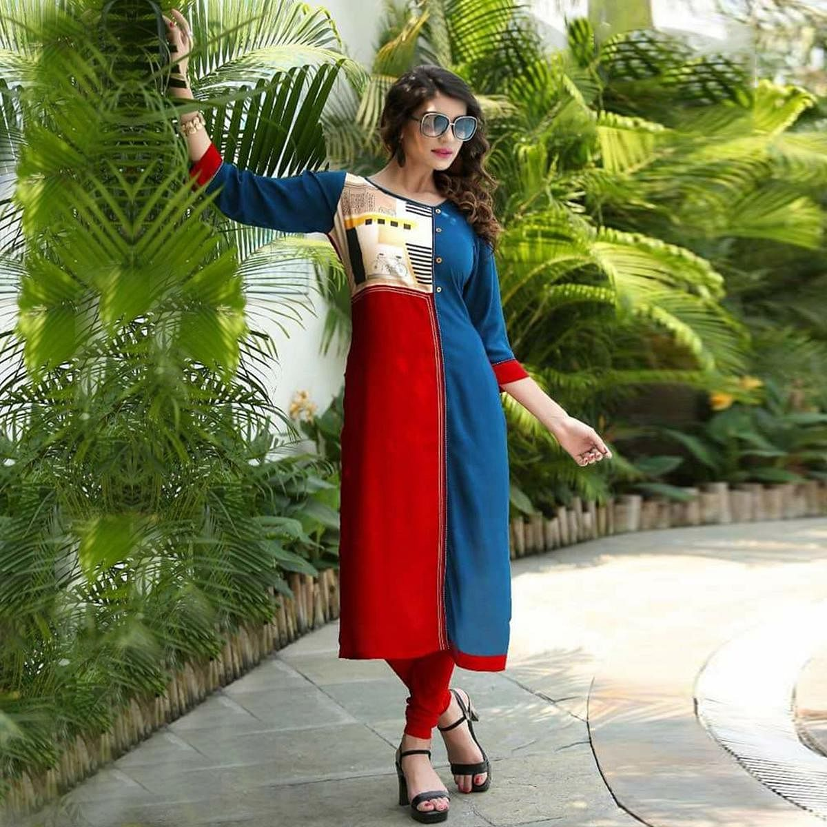 Unique Red-Blue Colored Printed Rayon Kurti
