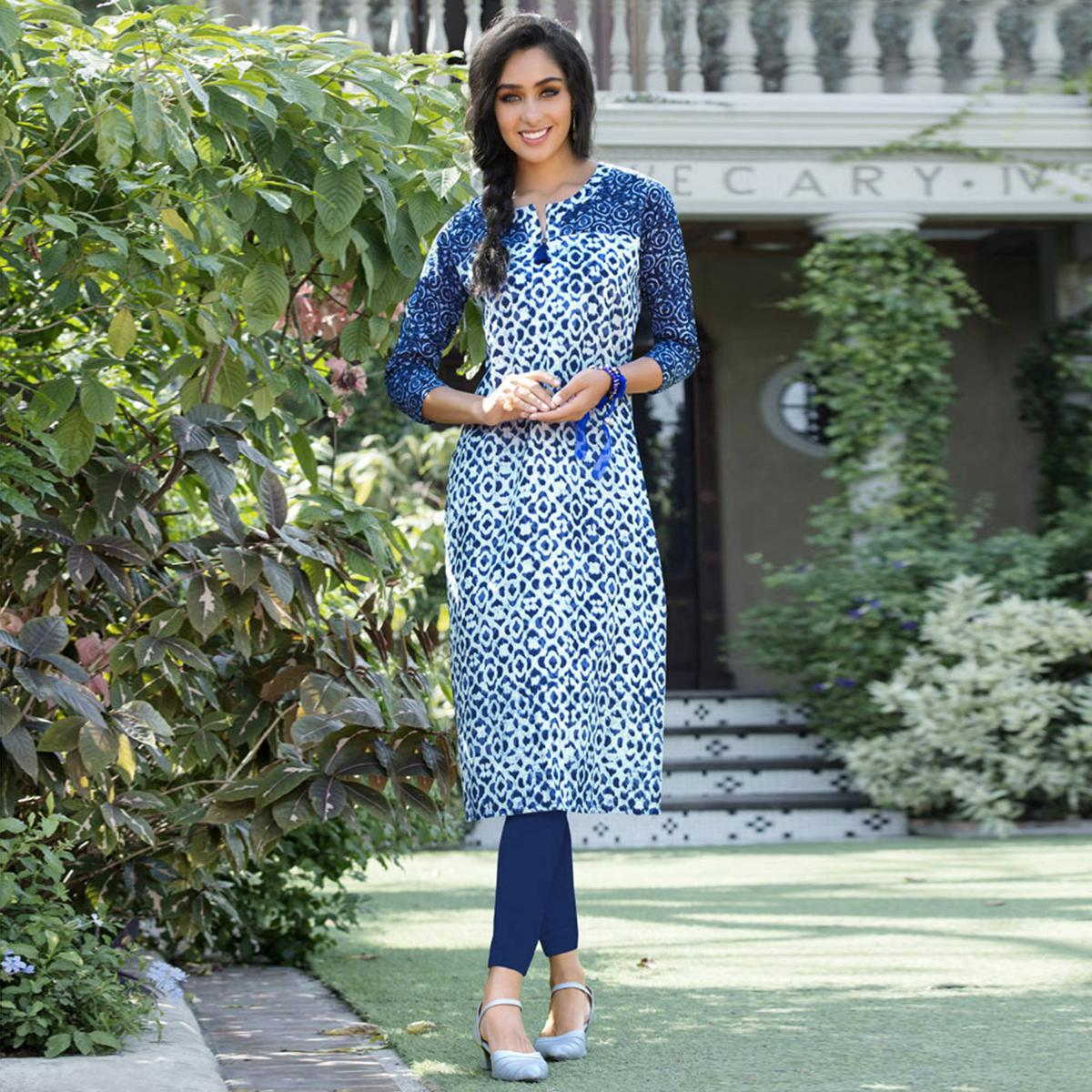 Blue Colored Casual Printed Cotton Kurti