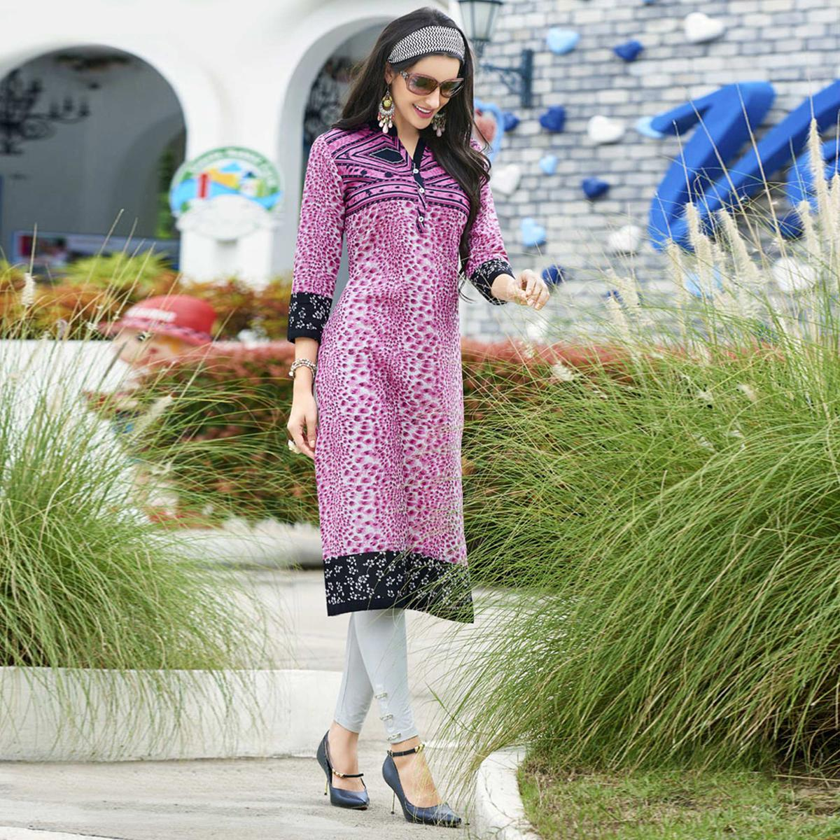 Pink Colored Casual Printed Cotton Kurti