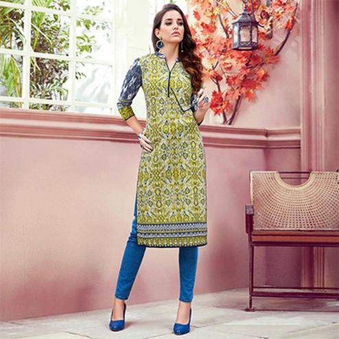 Graceful Green Colored Casual Printed Cotton Kurti