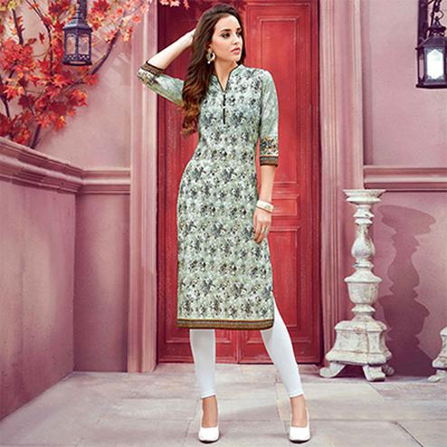 Stylish Green Colored Casual Printed Cotton Kurti