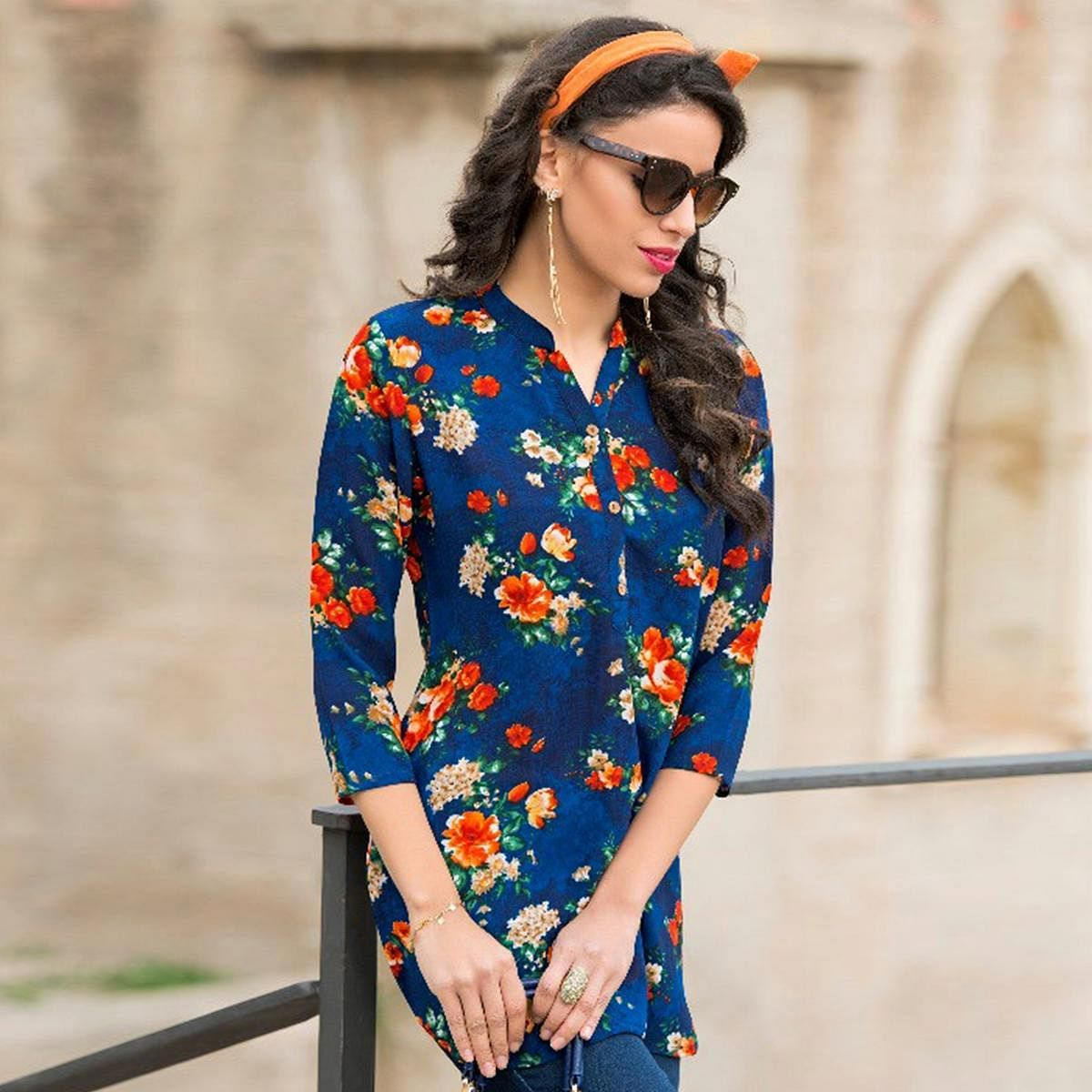 Soothing Blue Colored Casual Printed Cotton Short Kurti