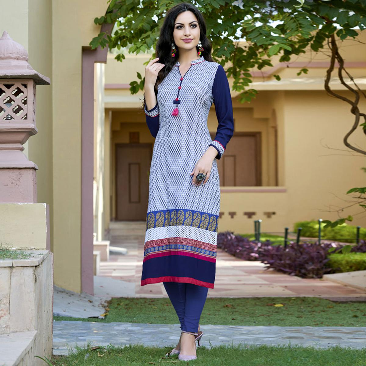 Blooming Blue-White Colored Casual Printed Cotton Kurti