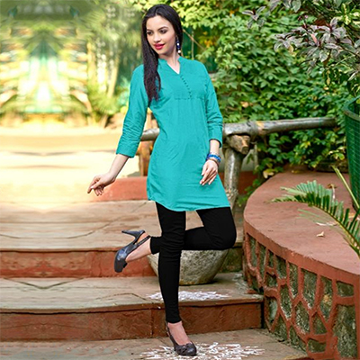 Turquoise Green Colored Plain Casual Cotton Short Kurti
