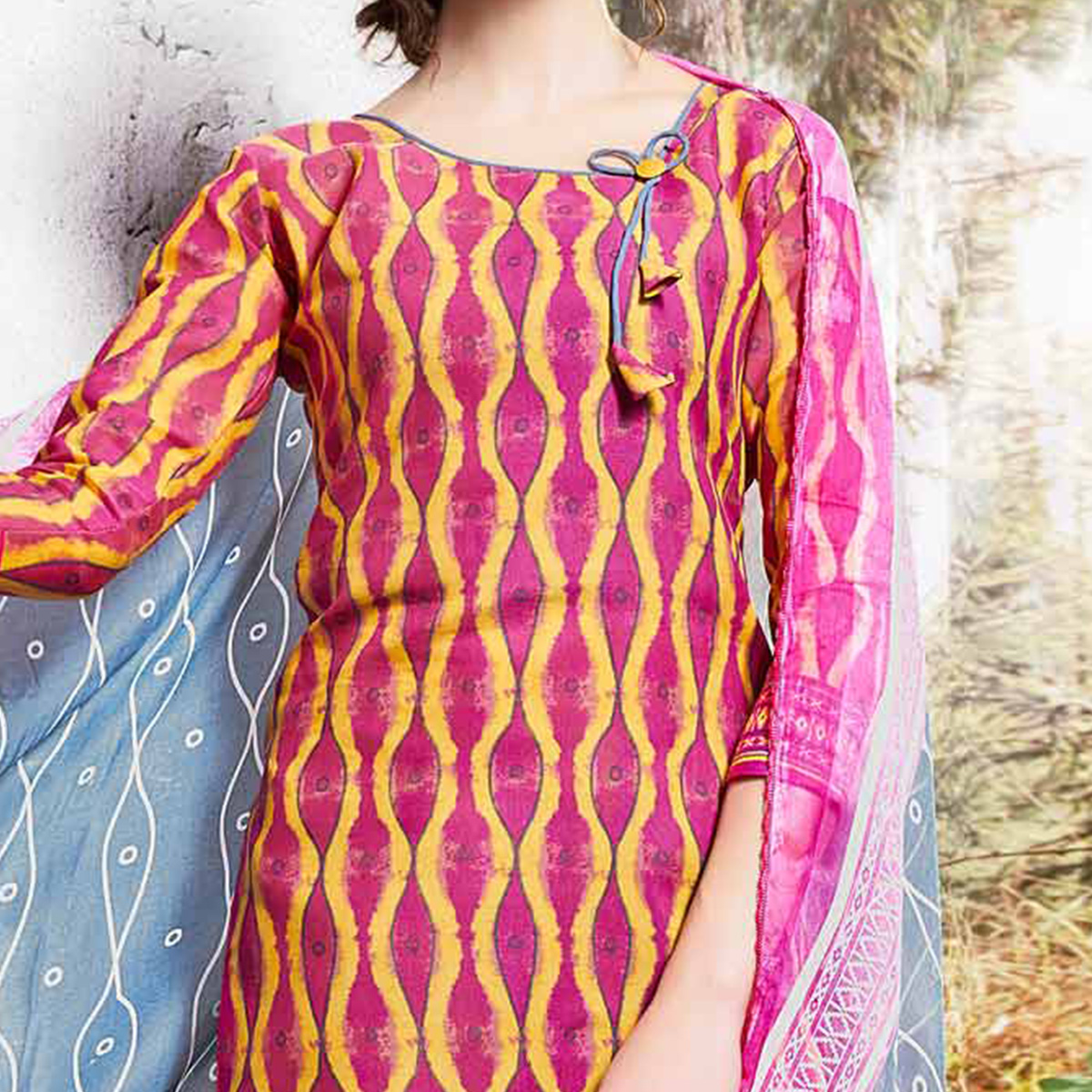 Pink - Grey Colored Printed Cotton Dress Material