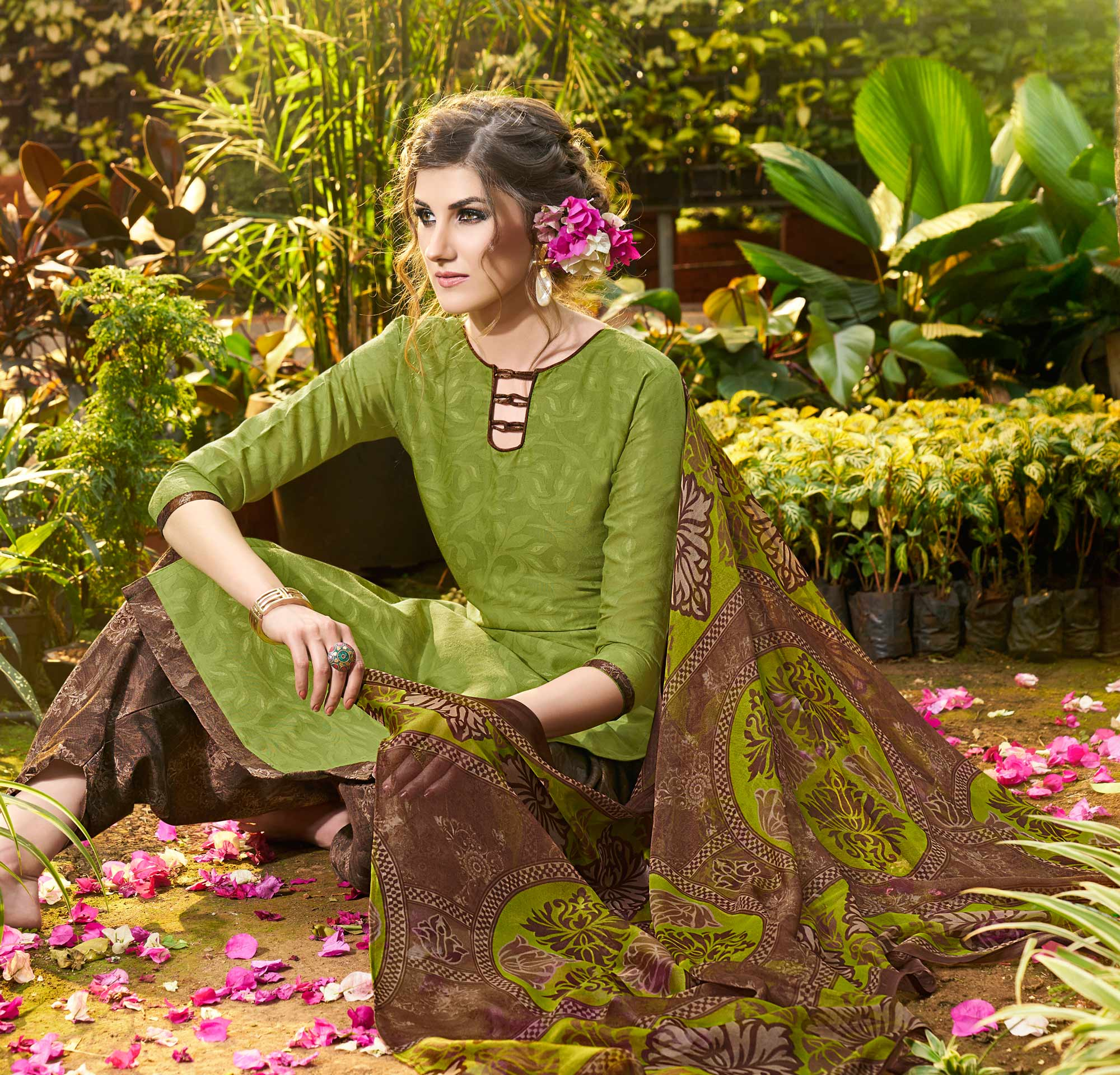 Green Colored Casual Wear Printed jacquard Salwar Suit