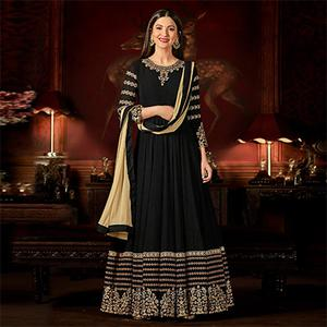 Magnetic Black Colored Designer Embroidered Anarkali Suit