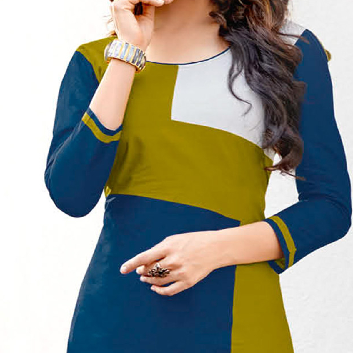 Eye-Catching Navy Blue-Green Colored Casual Printed Jetpur Cotton Kurti