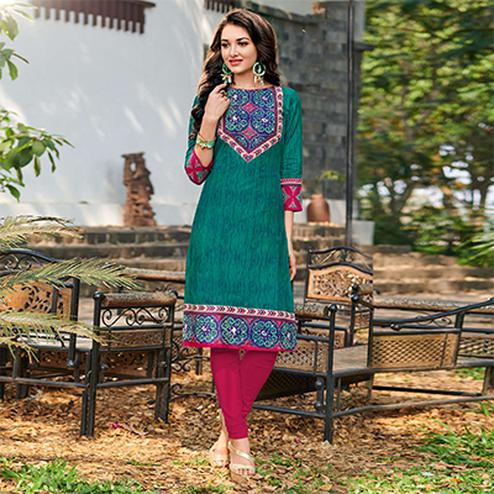 Trendy Aqua Green Colored Casual Printed Jetpur Cotton Kurti