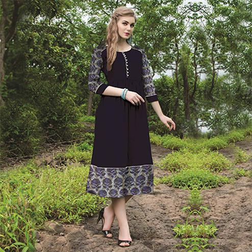Innovative Black Colored Casual Printed Cotton Kurti