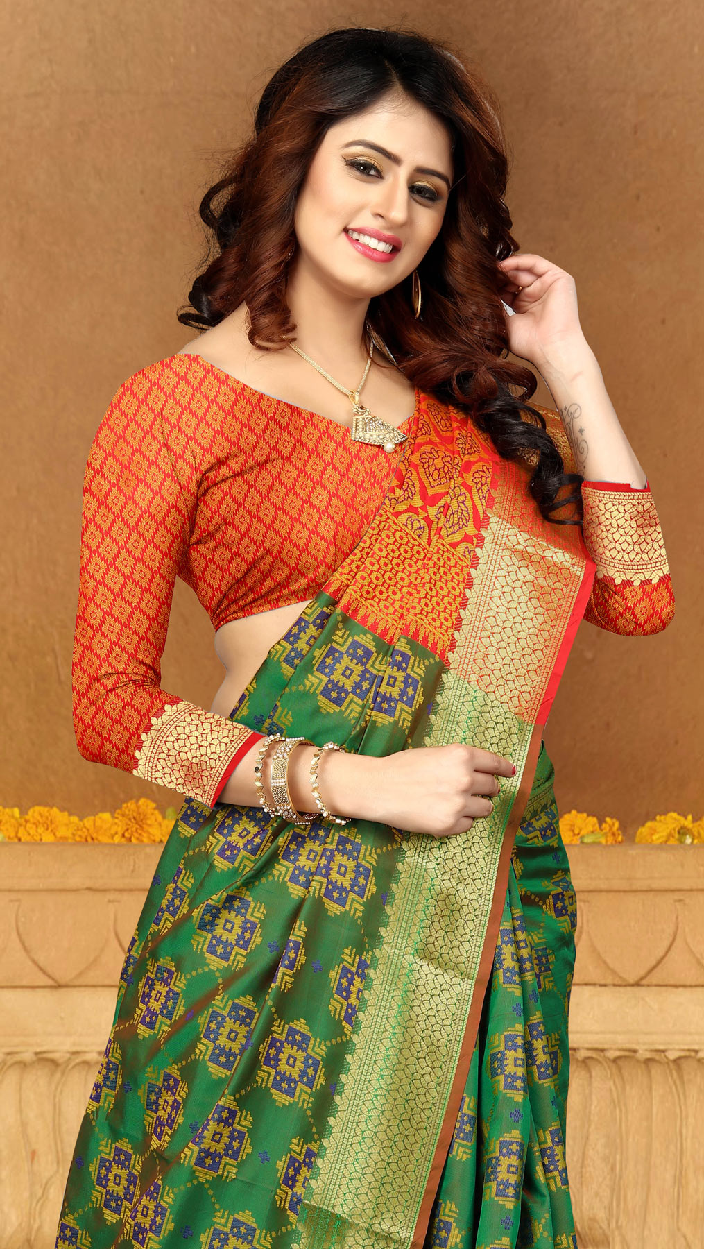 Elegant Green Colored Festive Wear Heavy Banarasi Silk Saree