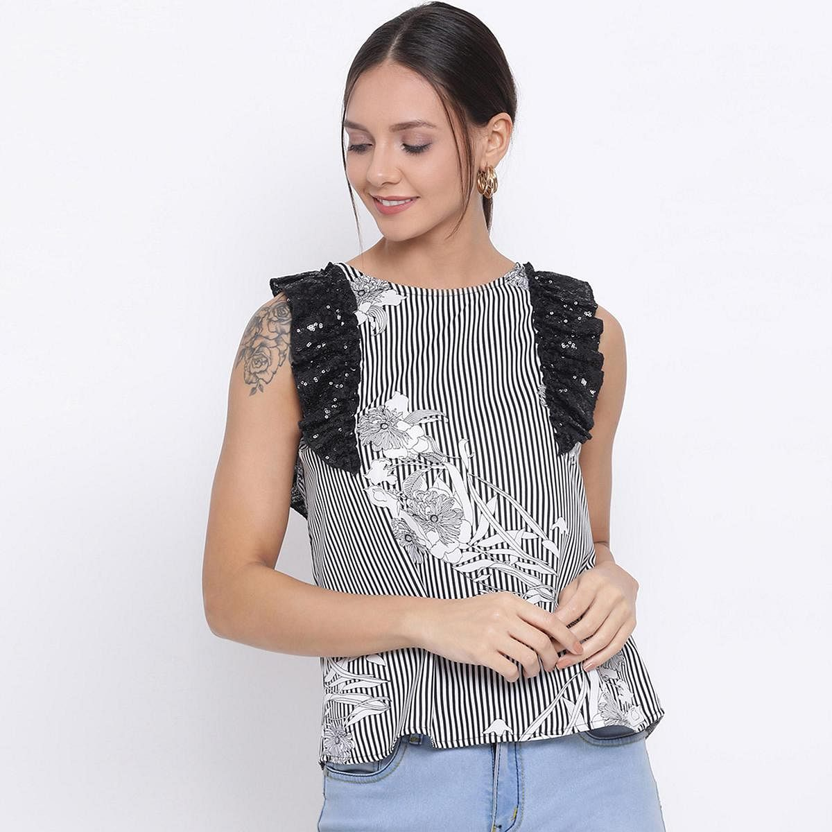 DRAAX FASHIONS - Women Black & Off-white Floral Printed Top