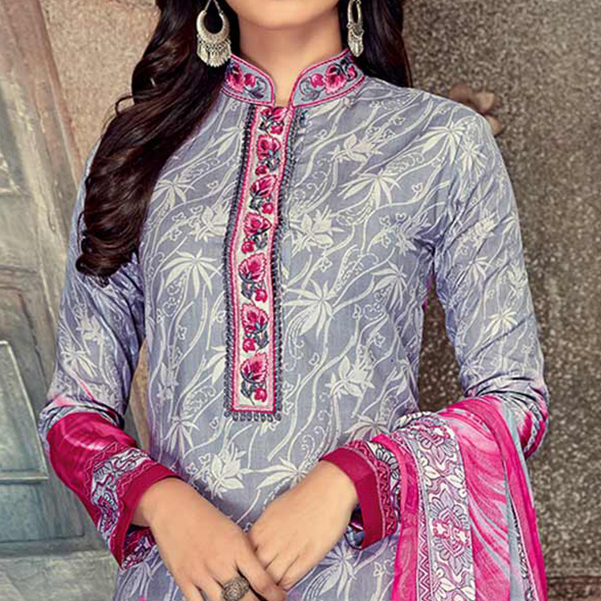 Beautiful Grey-Pink Colored Printed Pure Cotton Salwar Suit
