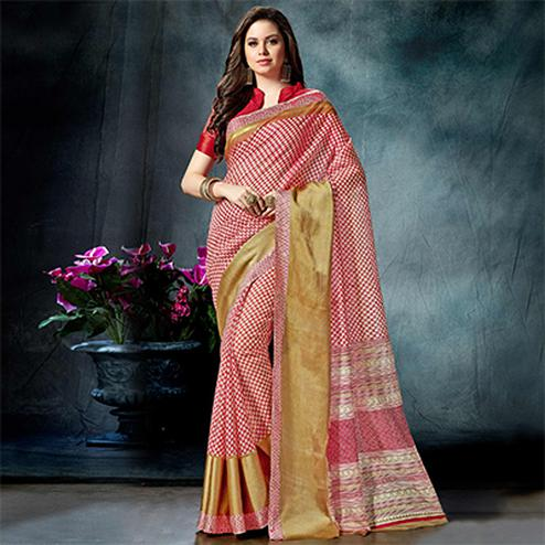 Engrossing Red Colored Casual Printed Pure Cotton Saree