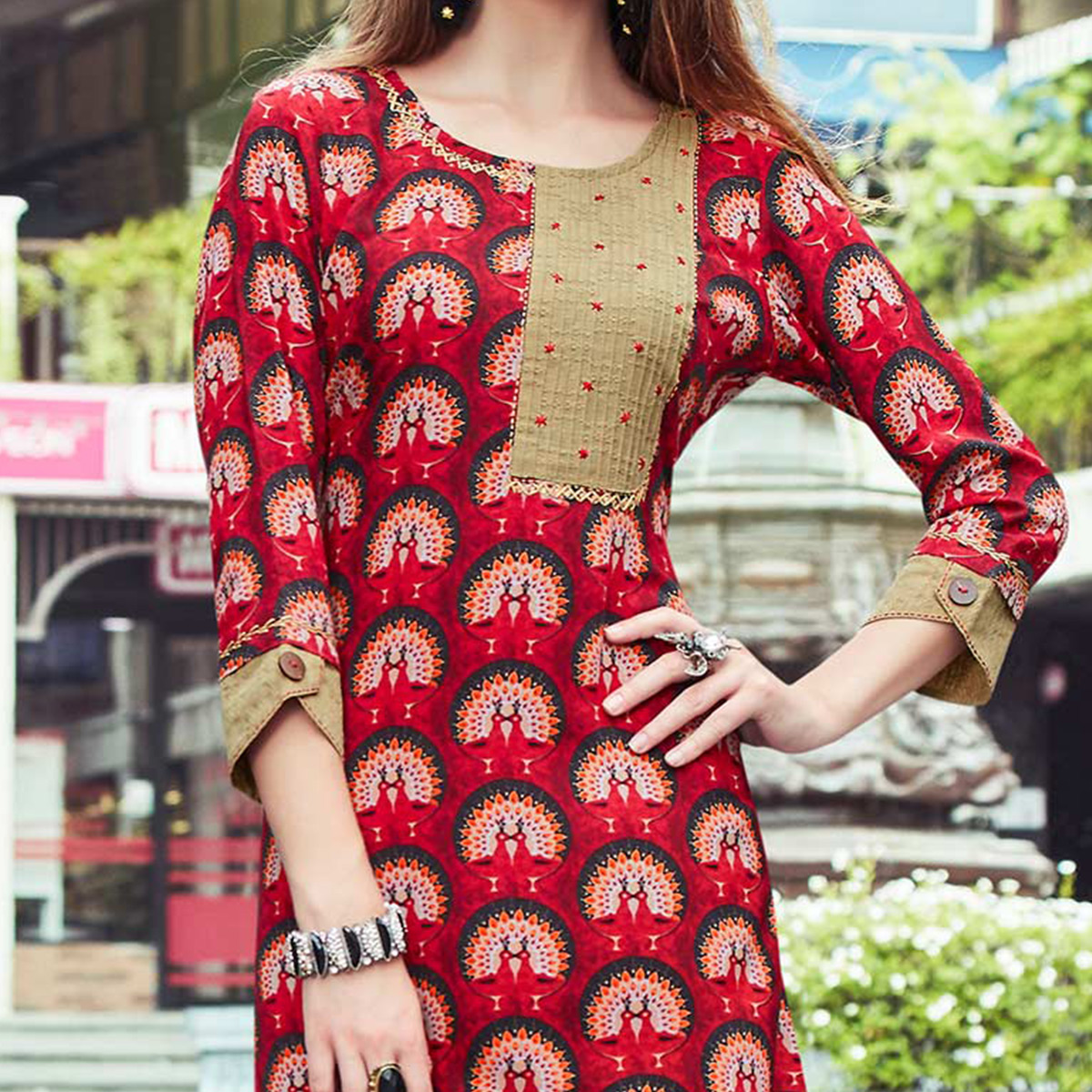 Glamorous Red Colored Casual Printed Cotton Kurti