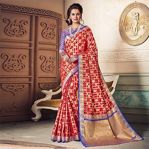 Beautiful Red Colored Festive Wear Weaving Work Handloom Silk Saree