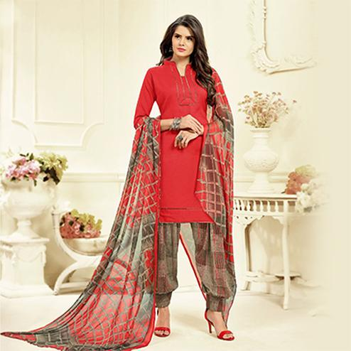 Red Colored Casual Wear Printed Cotton Patiala Suit