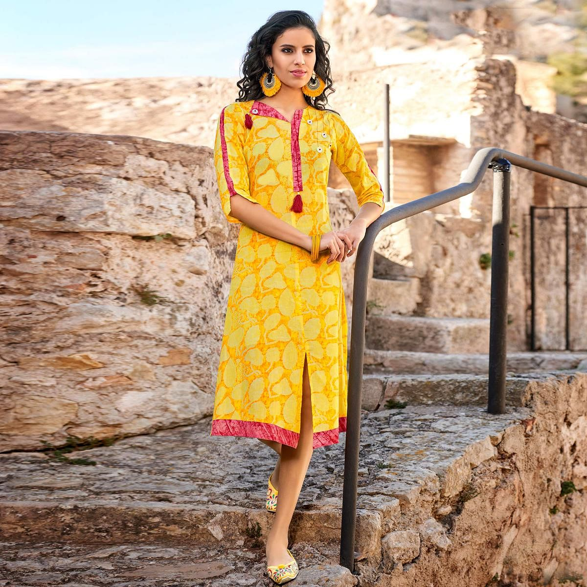 Cool Yellow Colored  Printed Cotton Kurti