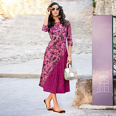 Exotic Pink-Brown Colored  Printed Cotton Kurti
