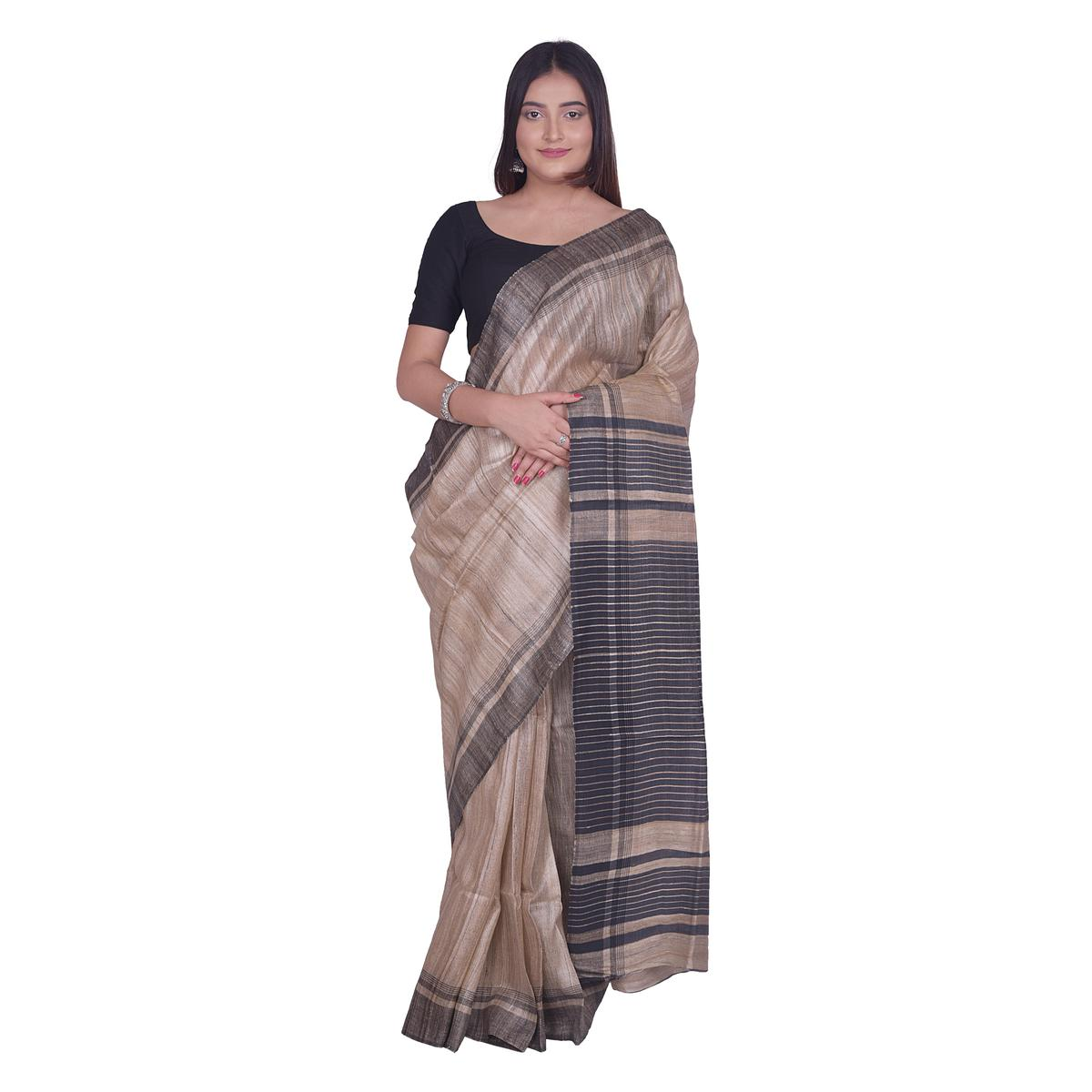 Kihums - Beige Hand Woven Linen Saree With Zari Border And Blouse Piece