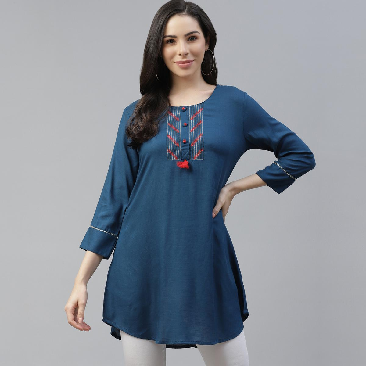 Cayman - Women Casual Teal Blue Solid Pure Cotton Kurti