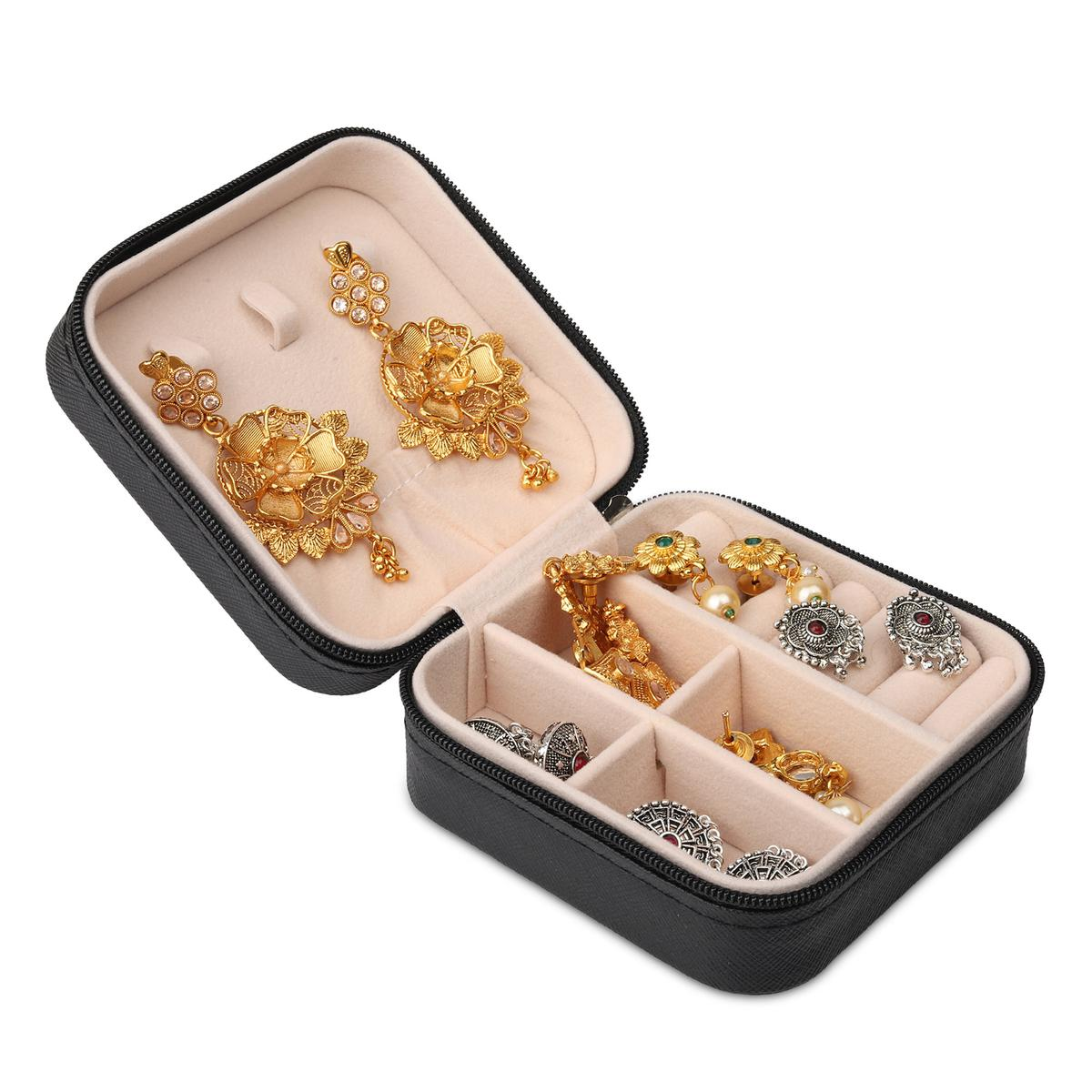 NFI essentials - PU Leather Travel Jewellery Storage Box Organizer Display Storage Case Woman Jewellery Box for Earrings, Rings, Necklaces, Bracelets (Black)