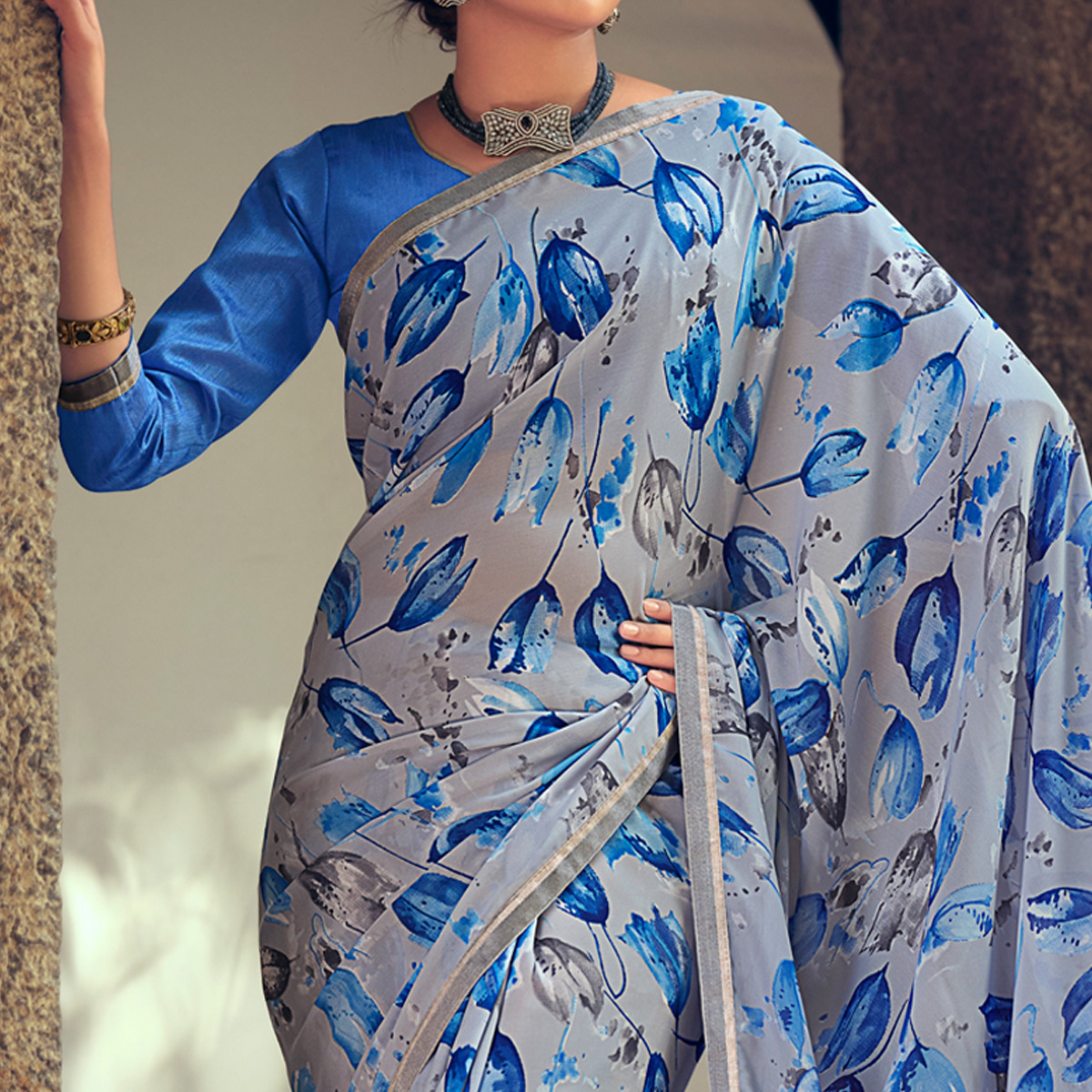 Grey Casual Wear Floral Printed Georgette Saree With Satin Patta