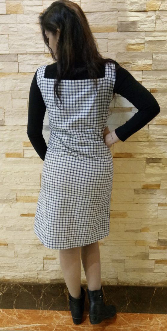 Blissful Black-White Colored Checked Cotton Tunic