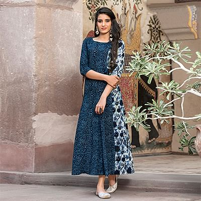Smart Navy Blue Printed Cotton Kurti