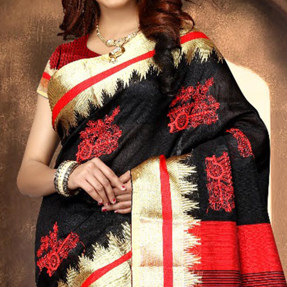 Elegant Black Colored Festive Wear Weaving Poly Cotton Saree