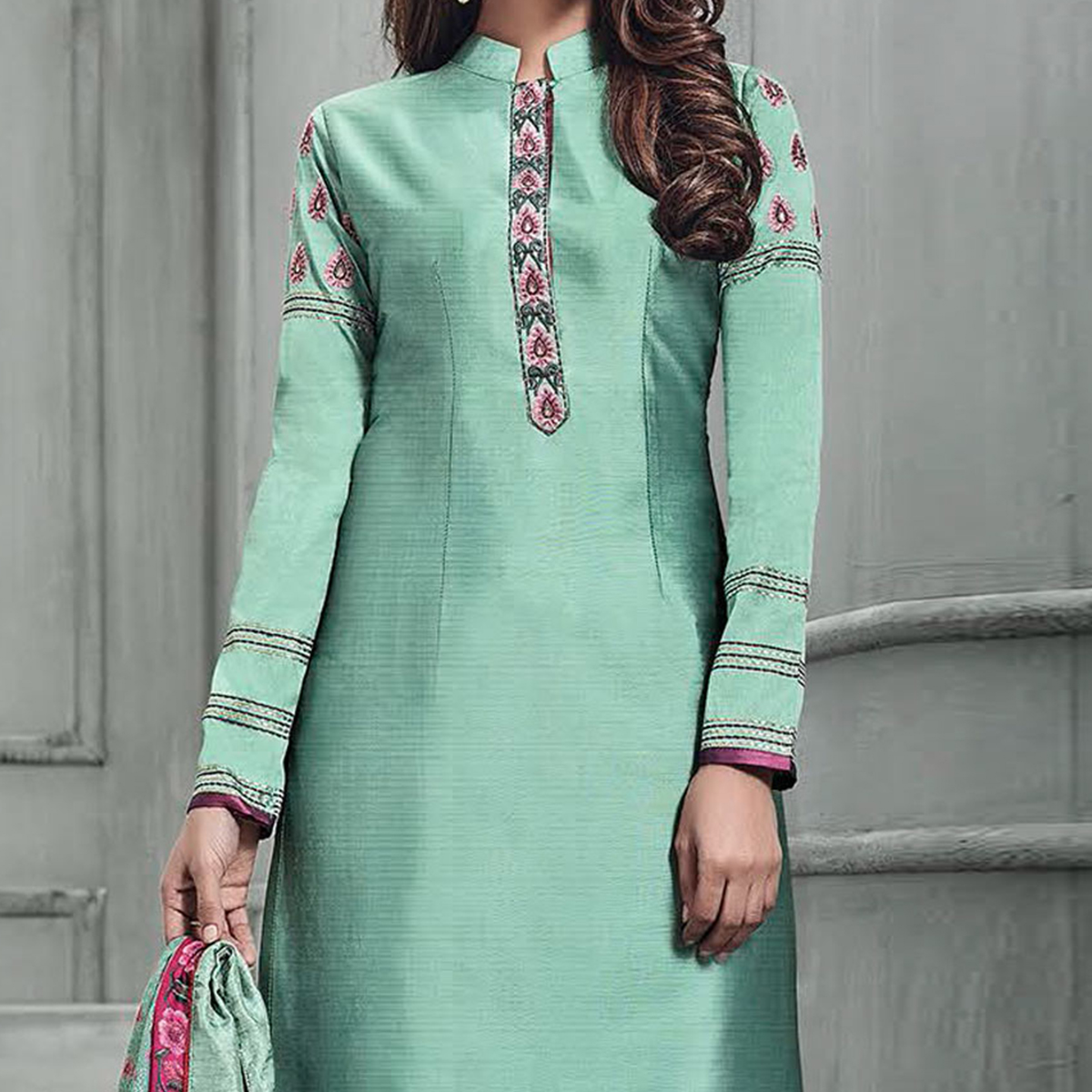 Hypnotic Teal Green-Pink Colored Partywear Embroidered Banarasi Silk Palazzo Suit