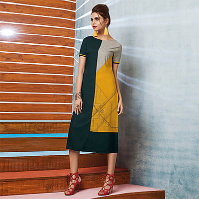 Dark Green-Yellow Colored Casual Printed Viscose Slub Kurti
