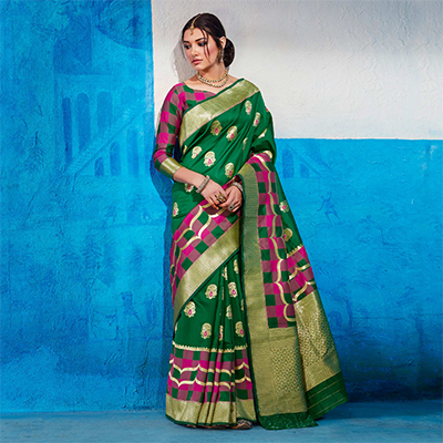 Snazzy Green Colored Festive Wear Handloom Silk Saree