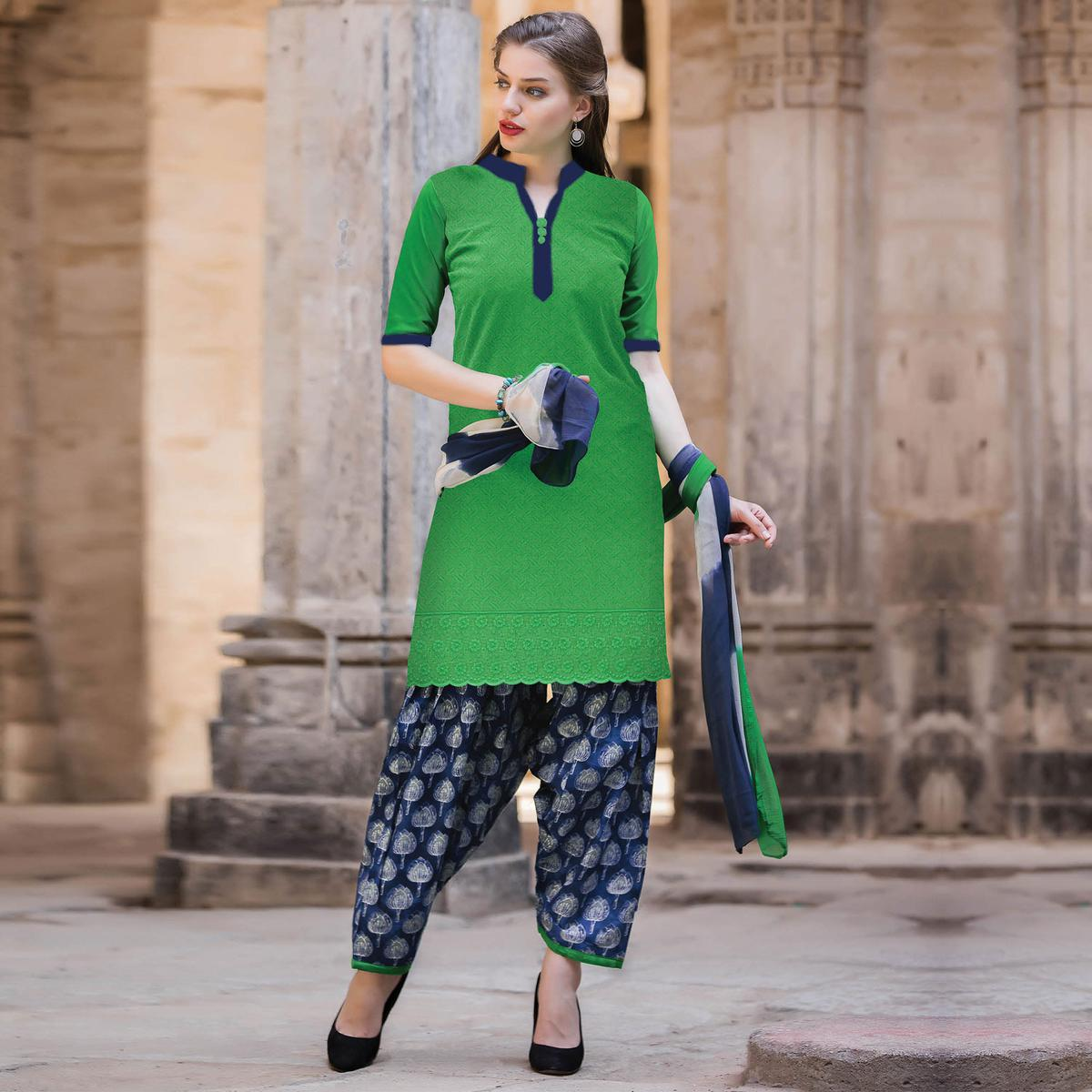 Blooming Green Colored Casual Printed Cotton Salwar Suit