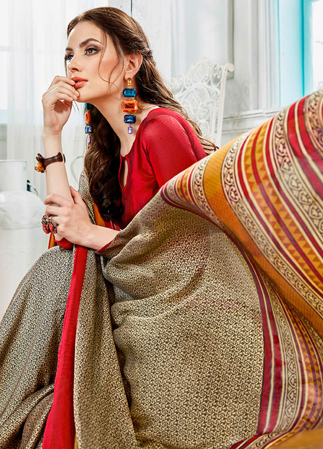 Grey - Red Colored Casual Wear Printed Georgette Saree