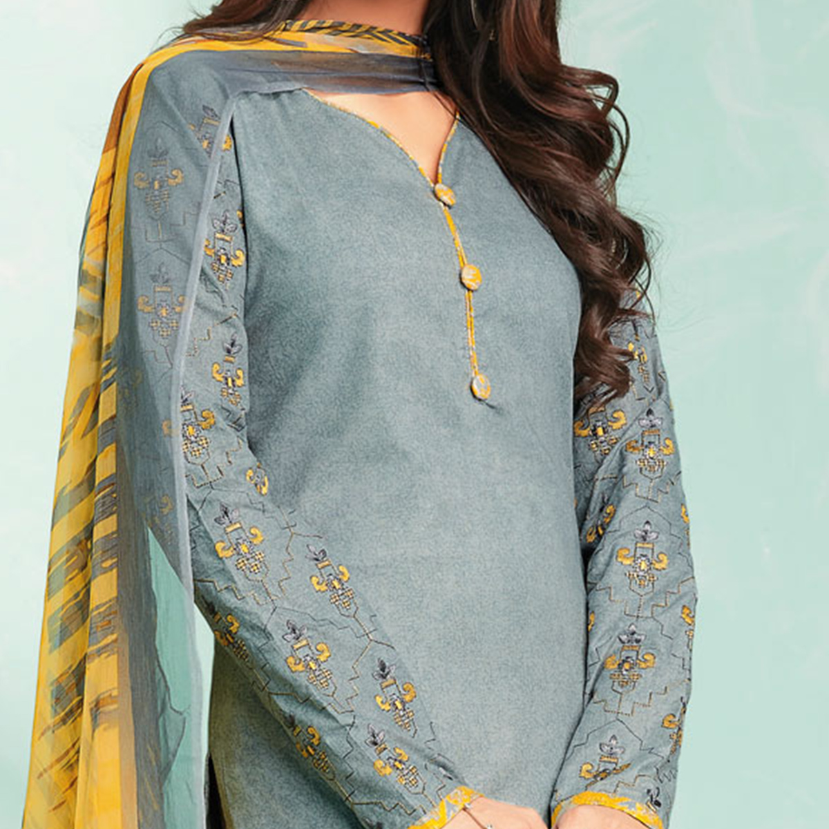 Majesty Grey Colored Casual Wear Printed Cotton Dress Material