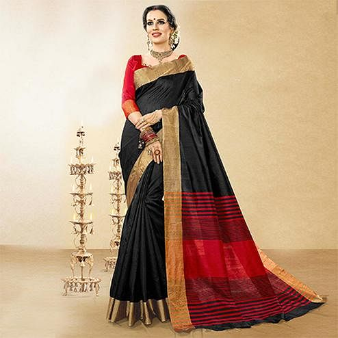 Arresting Black Colored Festive Wear Woven Handloom Cotton Silk Saree