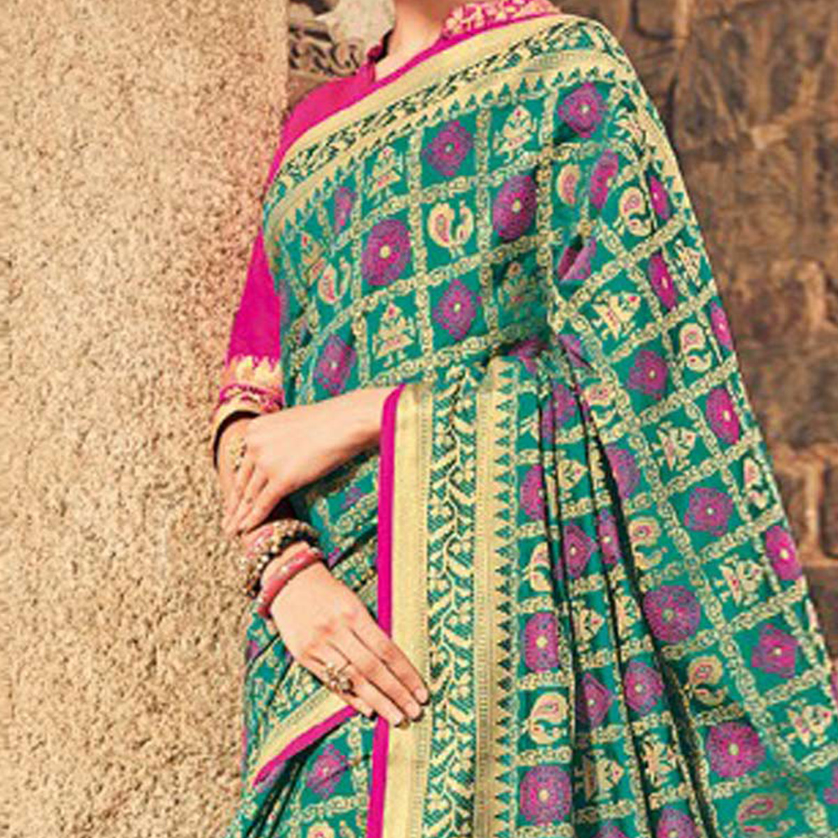Stunning Green Colored Festive Wear Traditional Pure Patola Silk Saree