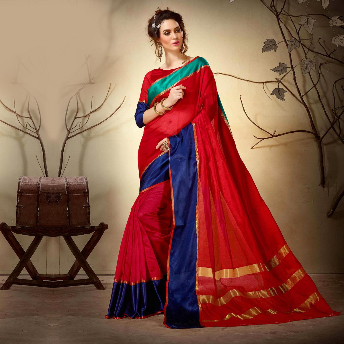 Prominent Red Colored Festive Wear Woven Cotton Silk Saree