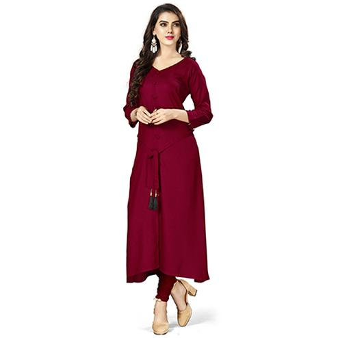 Exceptional Magenta Colored Casual Wear Rayon Kurti