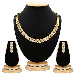 Traditional Diamond Gold Finish Necklace Set