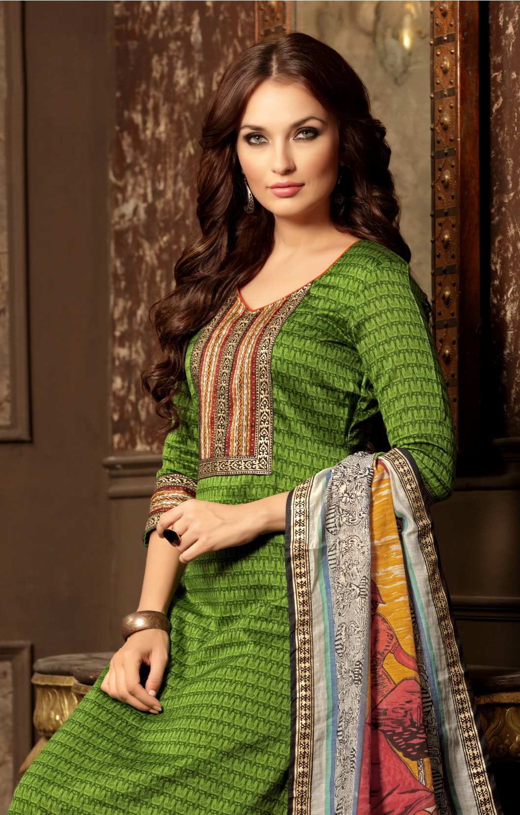 Jazzy Green Colored Casual Wear Printed Cotton Salwar Suit