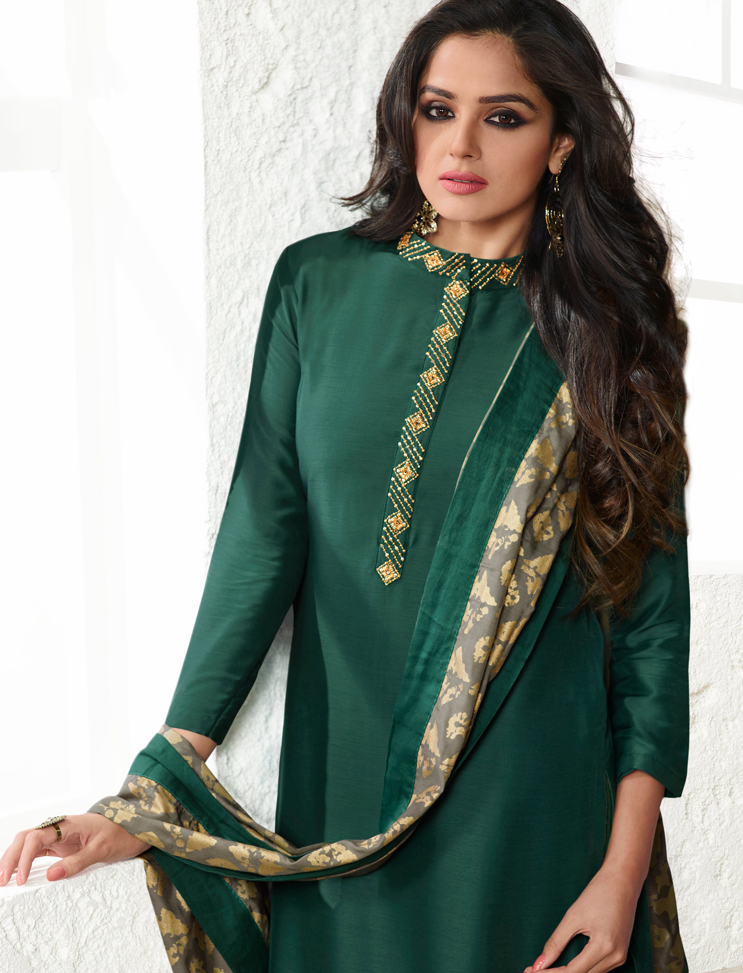 Green Colored Printed Casual Wear Cotton Silk Salwar Suit