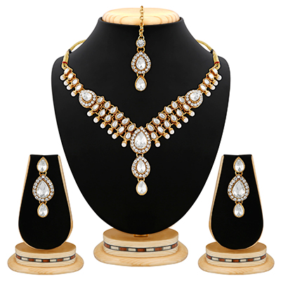 Classy Design White Stone Pearl & Kundan Gold Finishing Necklace Set with Maang Tikaa
